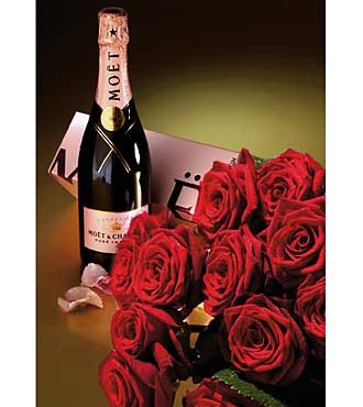 15 Roses & Champagne